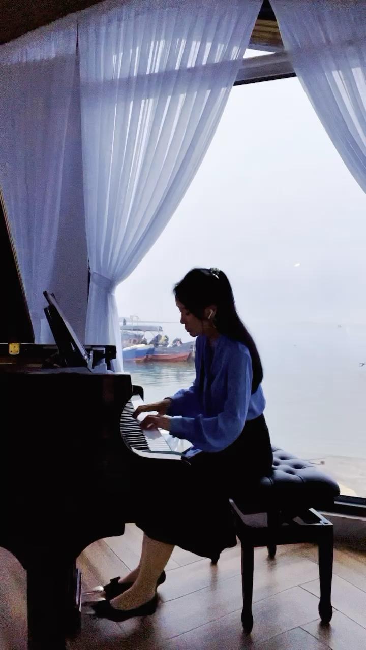 阴雨天的京岛演奏视频