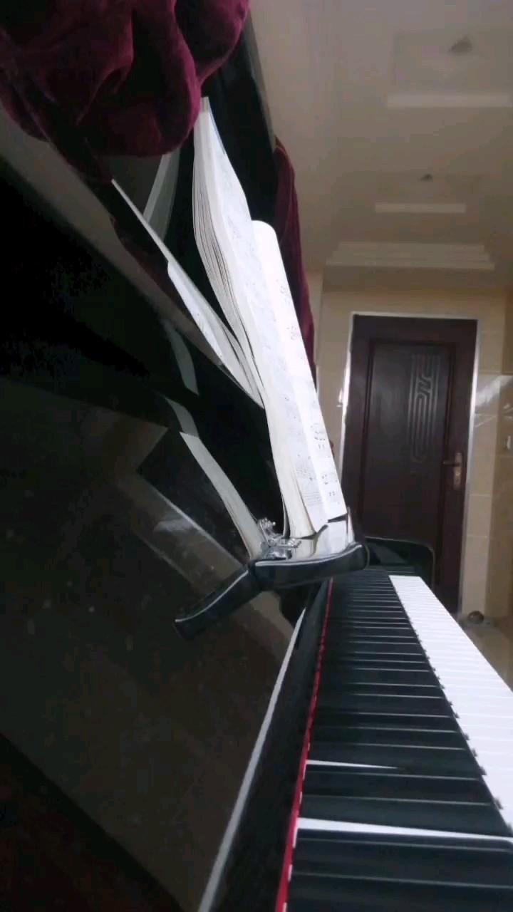 原声版-雨中漫步-(stepping on the rainy street)演奏视频