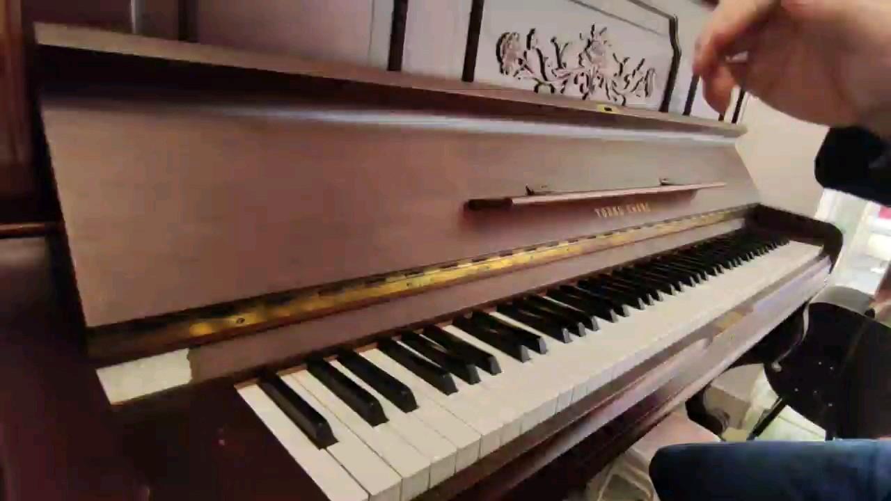 《太阳花》钢琴也可以拍鼓点?演奏视频