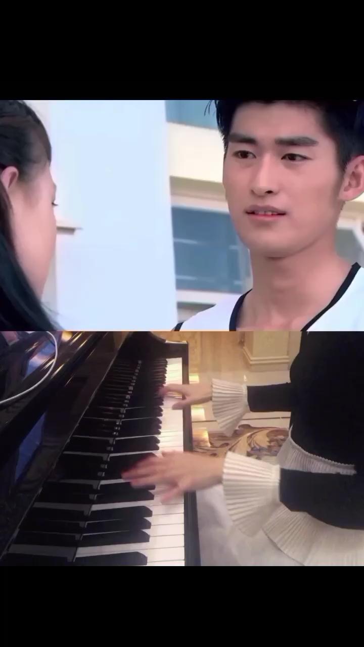 影视剧名 一起来看流星雨💕 钢琴曲名 拾忆💕 怎么会忘了情,让我丢了你💕 傻傻的,还以为能够一起💕 划过了,流星💕身边没有你,就算梦实现也没意义💕 你我的爱,像融化冰淇凌💕 虽然很甜,却没有了那种晶莹💕 我会每天,反反复复给你温习💕 找回那份,遗失的专演奏视频