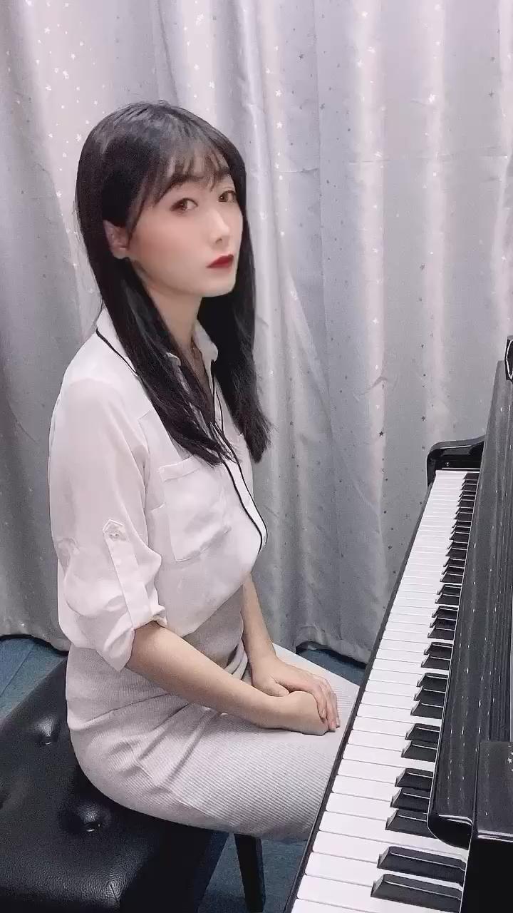 经典钢琴教材示范系列。