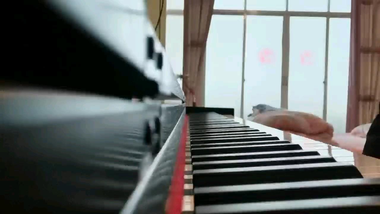 秋日私语(高清原版)-理查德·克莱德曼(A Comme Amour)秋日的私语演奏视频