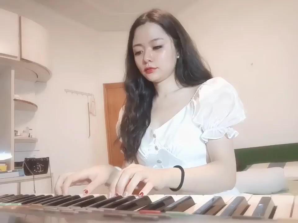 家里老电子琴乱弹乱唱~开心就好啦演奏视频