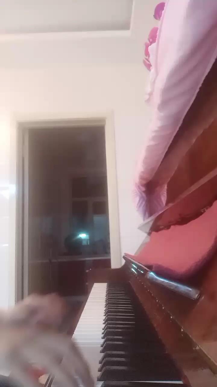 克罗地亚狂想曲演奏视频