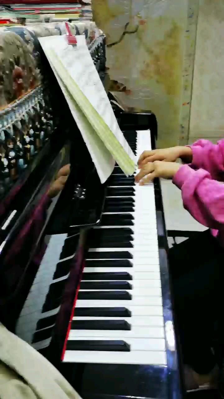 快板《钢琴基础教程2》演奏视频