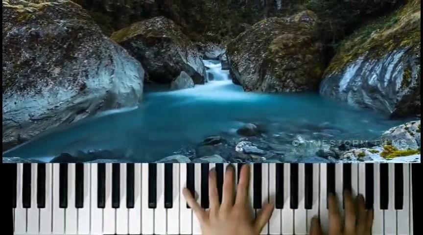 《白月光与朱砂痣》钢琴即兴演奏演奏视频