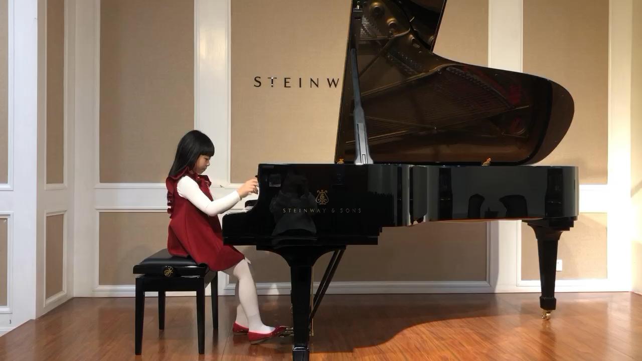 九岁 来一小段莫扎特吧演奏视频
