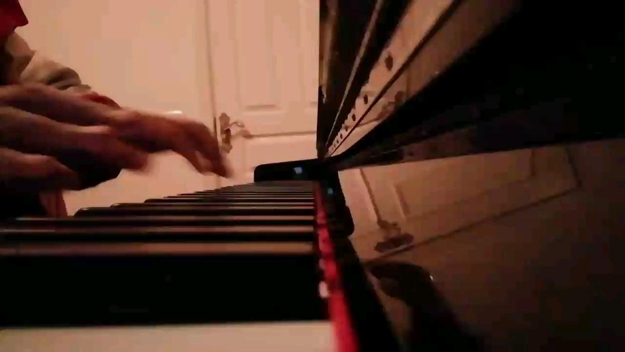 琴弦太紧,弹得巨难受,本人是菜鸟🐤。。演奏视频