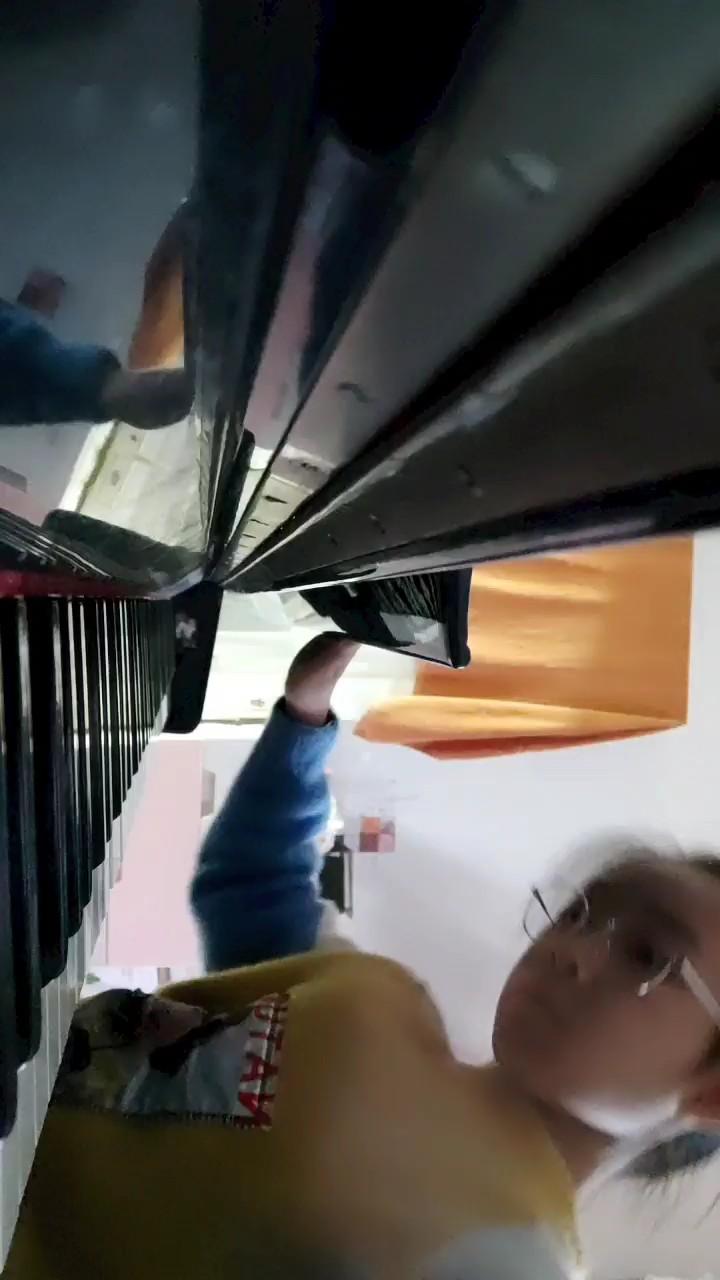Astronomia(黑人抬棺动感版)演奏视频