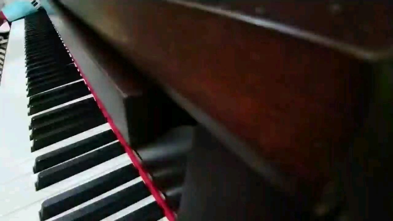 心碎的KiKi演奏视频