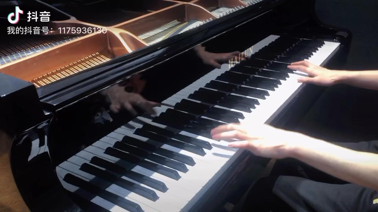 为你弹奏肖邦的练习曲 纪念我死去的爱情演奏视频