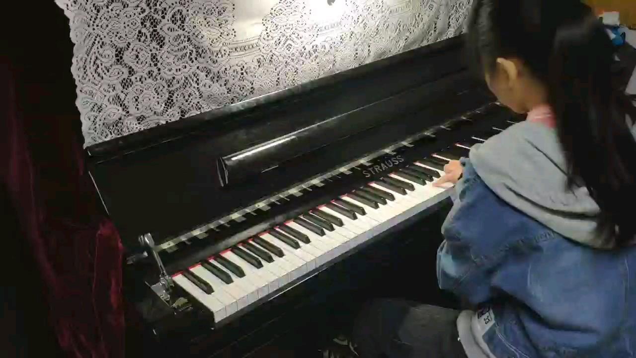 「阿甘正传」主题曲 - 美国原版 - Forrest Gump The Feather Theme演奏视频